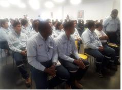 """34 estudiantes de la UE """"Luis Tello"""" de Esmeraldas, realizan su formación técnico práctica en EP FLOPEC"""
