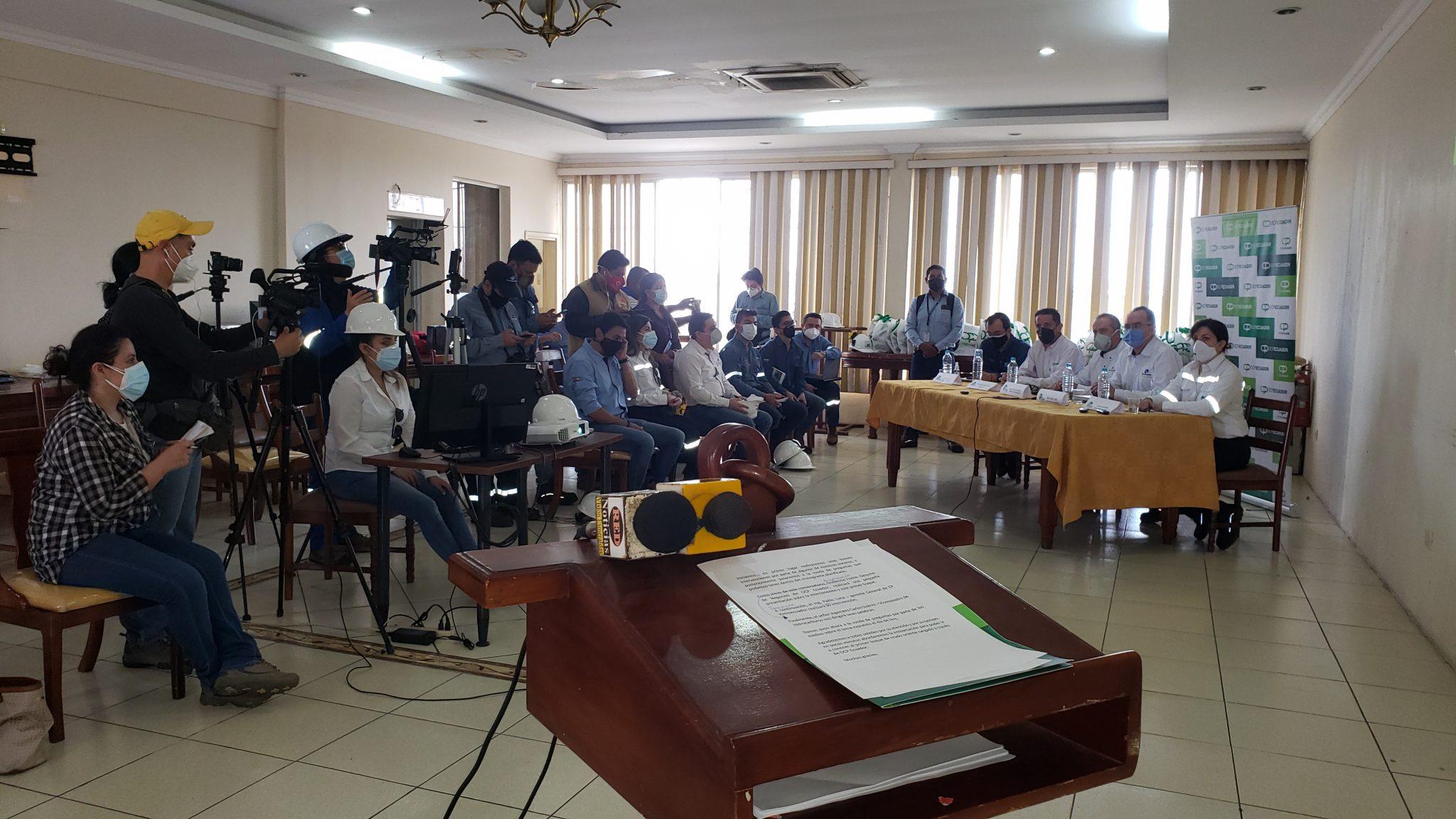 Gerente General de EP FLOPEC, participó en conversatorio con medios de comunicación