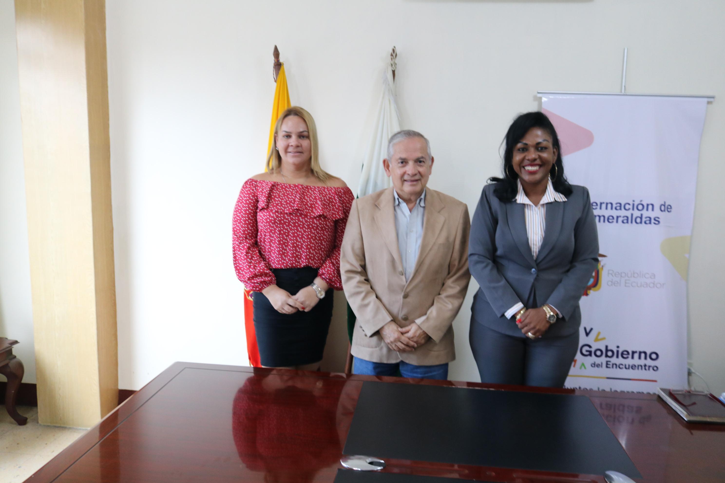Gerente General de EP FLOPEC, VLAM. Johnny Estupiñán (SP), presentó su saludo protocolar a las autoridades de la provincia de Esmeraldas